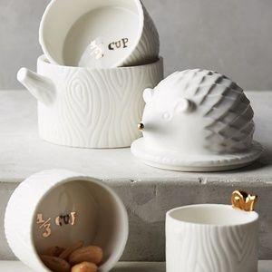 Anthropologie Hedgehog Stackable Measuring Cups